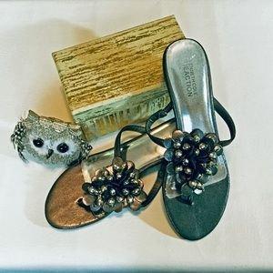 Kenneth Cole Reaction Silver Sandals, Size 7M
